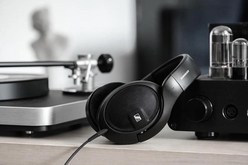 Sennheiser earphones headphones